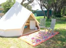 De madeira tenda