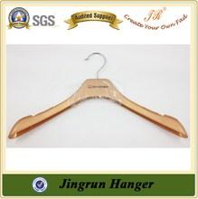 Fashionable PP Quality Plastic Bulk Garment Hangers