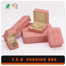 good quality customized cock jewelry box
