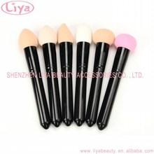 Colorful make up powder puff convenient long handle sponge brush