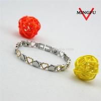 polished custom design gold love girls bracelet hand