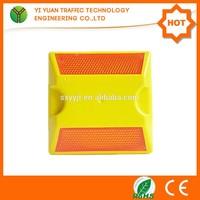 2015 Alibaba High flashing plastic spike for solar lights road stud