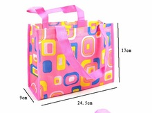Warmly welcomed Pictures printing non woven shopping bag pattern