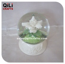 Unique Ceramic white flower water globe Glass water ball Glitter snow globe