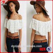 Fashion Off-the-Shoulder Lace Crop Top