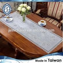Plastic Simple Style Crochet Table Runner