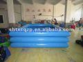 Miúdos infláveis piscina