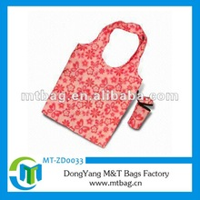 T-shirt shaped folding bag into pouch flowers printed