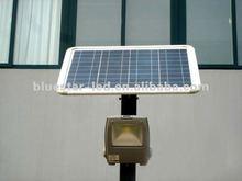 2012 Portable solar garden light with more brightness