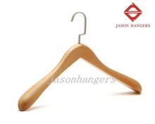 DL0921 Fashionable Hanger Beech Wood