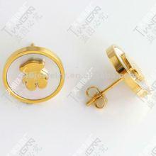 2012 new hotsale fashion 316L stainless steel pearl bear earring stud 18K gold TG0834