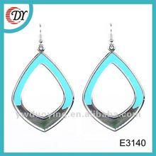 diamond earing E3140