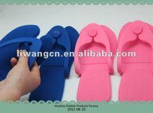 2012 new design comfortable silicon slippers