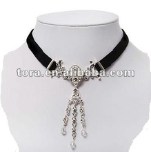 Victorian Black Suede Style Diamante Choker Necklace In Silver Tone Metal fashion necklace 2012