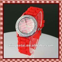 2012 new design waterproof silicone geneva wrist watches