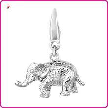 newest elephant with a jump ring clasp charm(H103399)