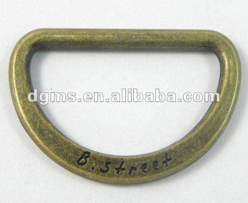 d anillo de metal con el logotipo personalizado