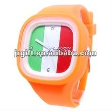 2012 new design wholesale alloy watches men watch winner