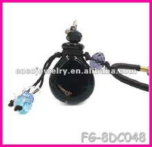 2012 yiwu China fashion black shot glass necklace