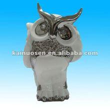 hecho a mano de cerámica búho