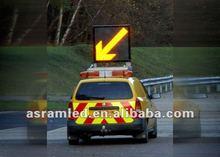 VMS Australian standard Solar power led arrow traffic warning sign