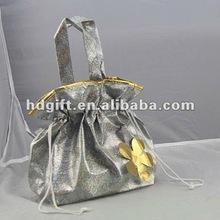 gold foil lamination non woven flower gift shopping bag