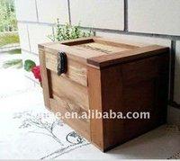 Antique keepsake storage box