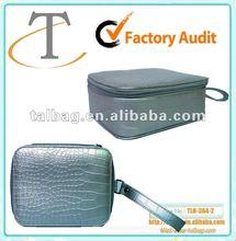 2012 new fashion matt silver croc pvc leather cosmetic bag
