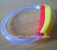 No minimun promotion Rubber LED flashing bands 2012