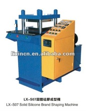 2012 The most popular full-automatic Solid Silicone burse Shaping Machine is used for silicone double sides product