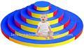 Çocukların yumuşak oyuncakları/atlıyor Platform