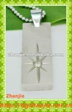 Hot sale cutting stainless steel brush matt finished rectangle one diamond pendant