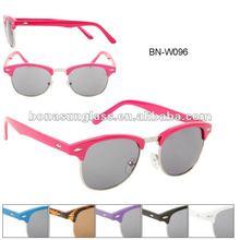 SOHO Wayfarer Sunglasses, Round lens
