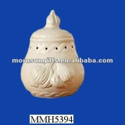 Ornamental ceramic jar pickled garlic