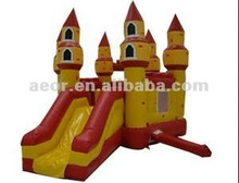 High quality inflatable moonwalk/Inflatable bouncy castle with slide and blower