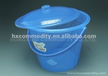 12L plastic bucket with lid