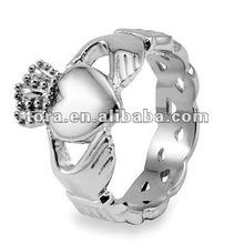 2012 fashion new design men's claddagh ring