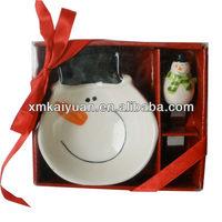 Ceramic christmas decoration bowl and spreader