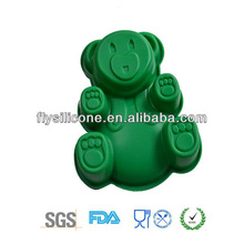 New design popular green large teddy silicone cookie pan, silicone cake mold