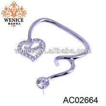fashion silver heart shaped earrings