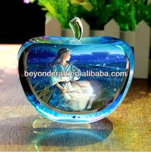 custom crystal glass apple for desk decoration