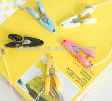 New design Mini scissors with a plastic cap