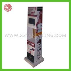 Leader cardboard wine bottle display