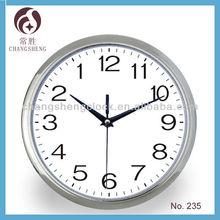 Novelty anticlockwise running clock