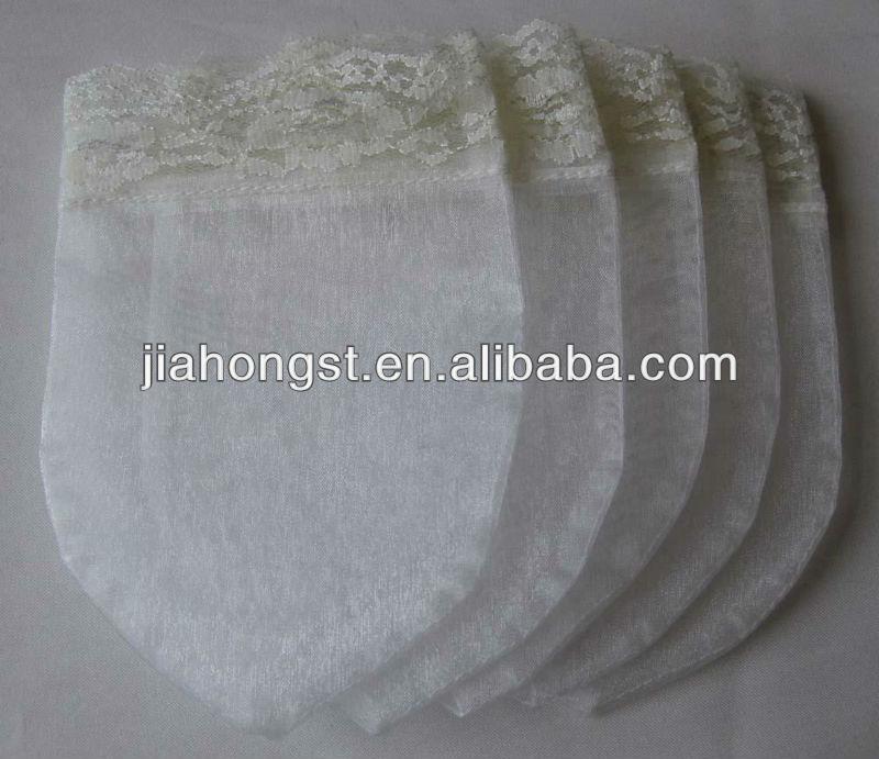 heart shape lace bag