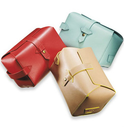 Genuine leather Cosmetic case/cosmetic pouches