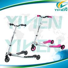 rocking children scooter with three wheel