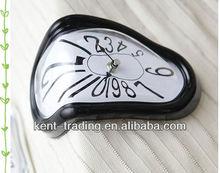 Creative twist melting clock