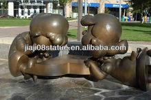 Decorative bronze playing children statues for urban sculpture