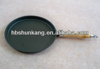 Cast iron Fry Pan with wooden handle